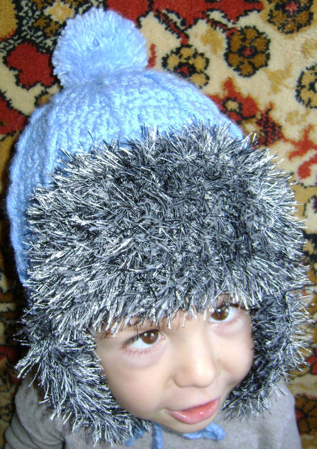Вязание спицами шапок с травки 38